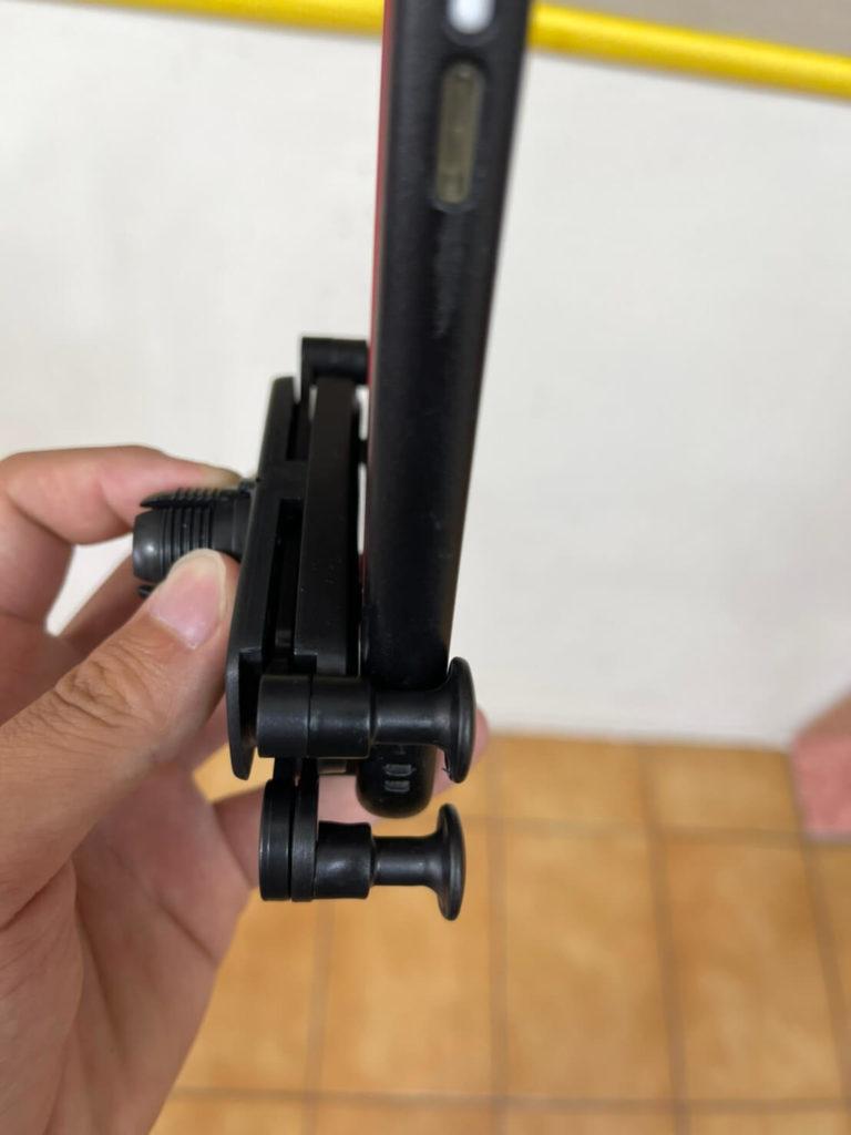 享放架S汽車手機架手機殼後度實測